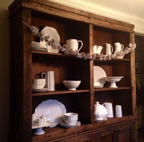 Bookcase_garland
