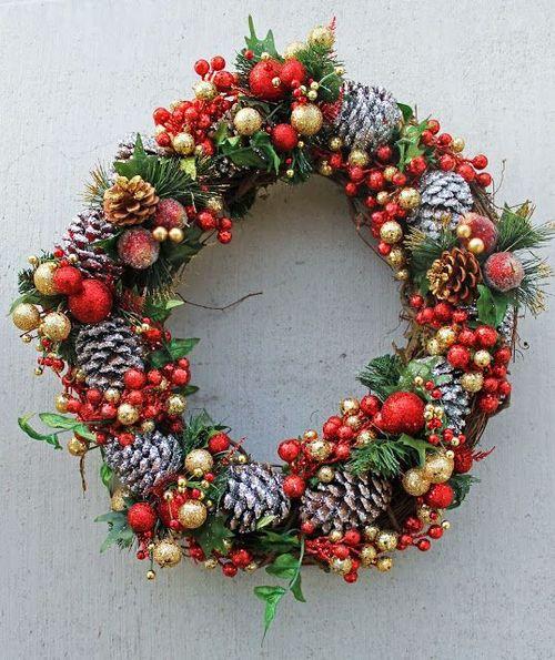 Pinecone_wreath_christmas