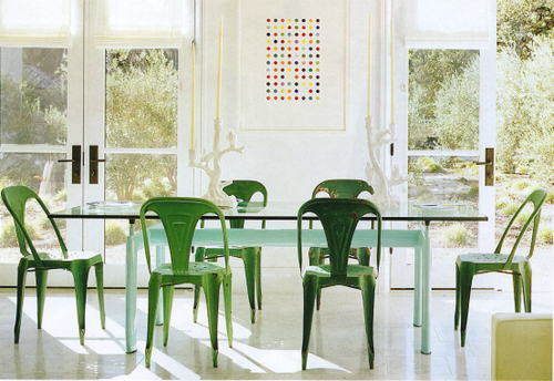 Can You Even Believe These Gorgeous Vintage Kelly Green Chairs